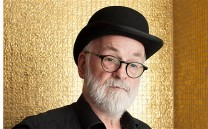terry-pratchett-po_2711025b