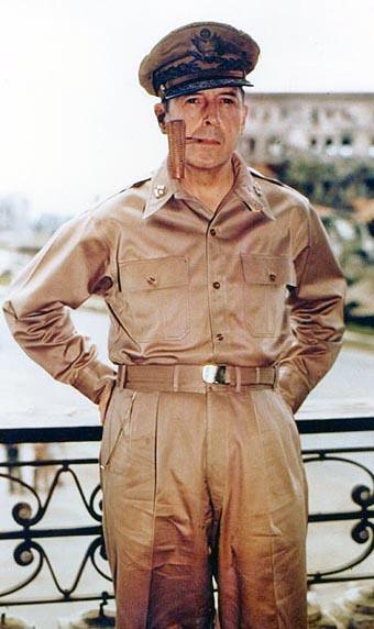MacArthur, Douglas, 2 Aug 45, Manilla, PD